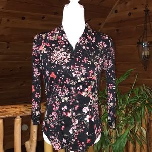 Women's New York & Company Floral Black Top Size S